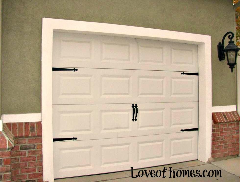 LOVE OF HOMES: Garage Doors...