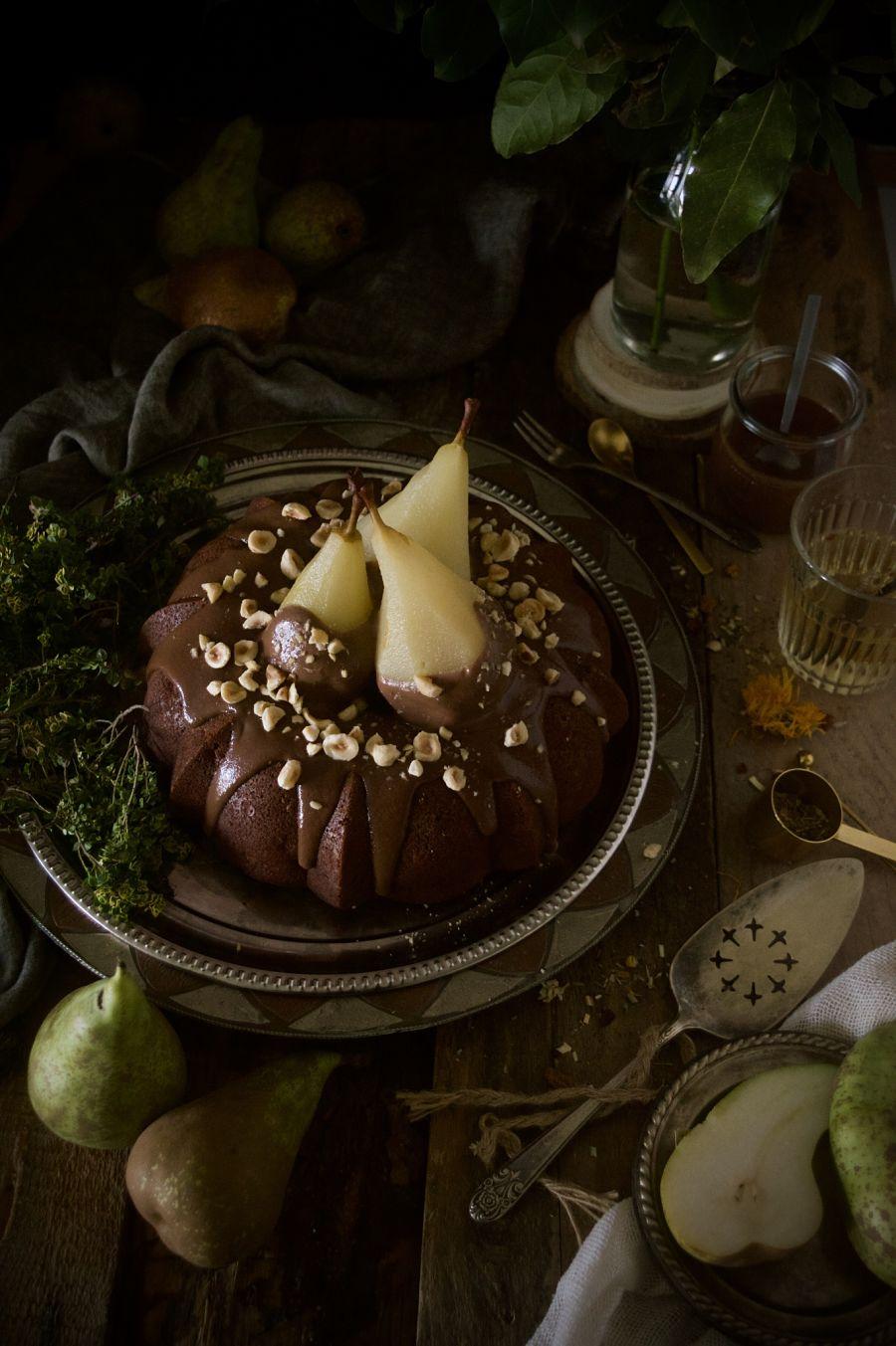 Bizcocho Bundt de pera y nutella