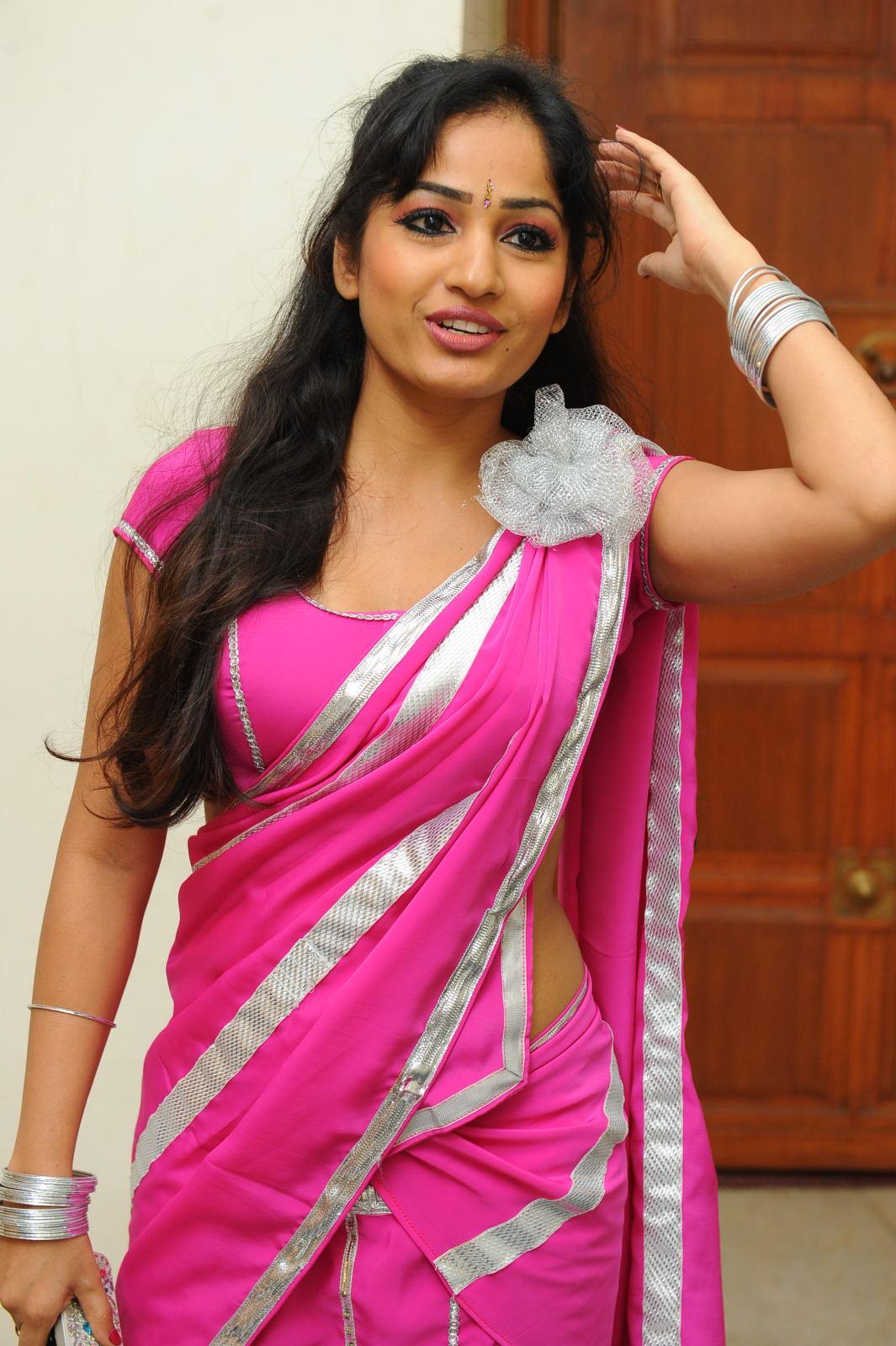 Spicy Saree: Madhavi Latha Spicy In Pink Saree Photo Gallery