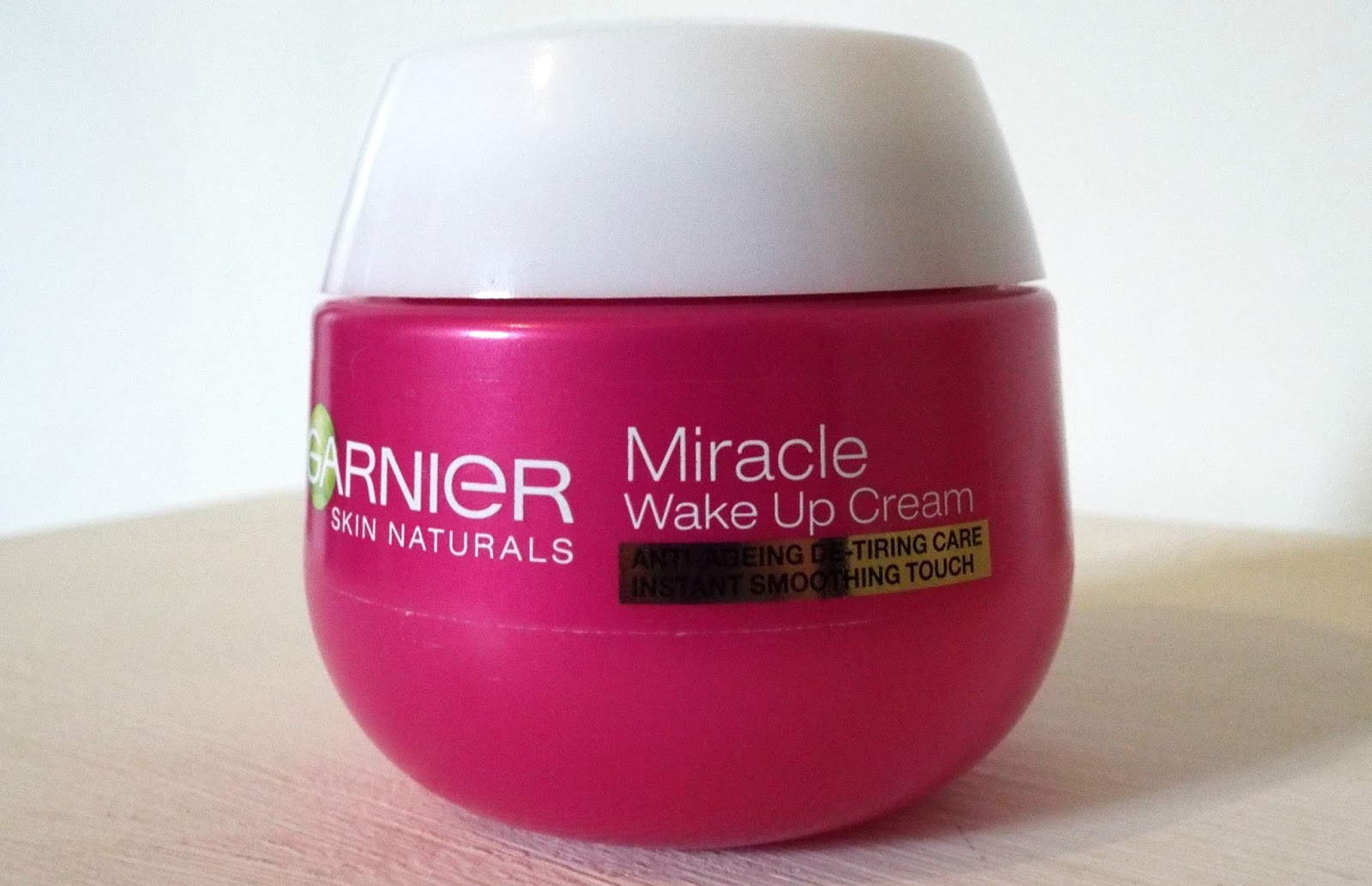 Garnier Miracle Wake Up Cream Review