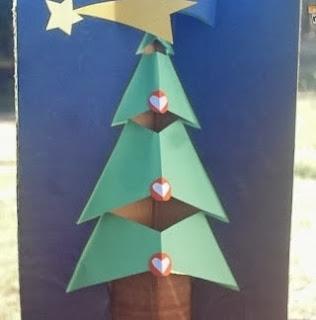 http://lasmanualidades.imujer.com/2010/11/16/arte-en-casa-con-shimi-tarjeta-pop-up-para-navidad