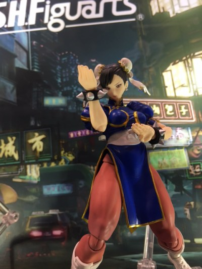 S H  Figuarts Street Fighter V Ryu  U0026 Chun