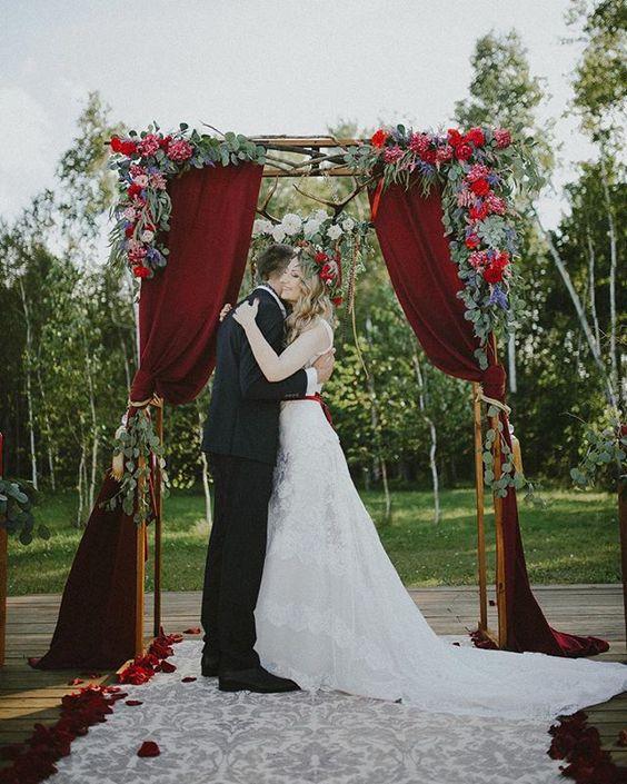 Romantic Red Wedding Ceremony Backdrops / life decor & fashion