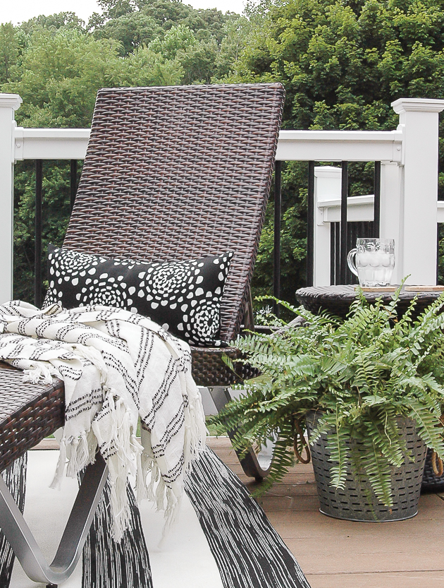 Neutral styled deck decor