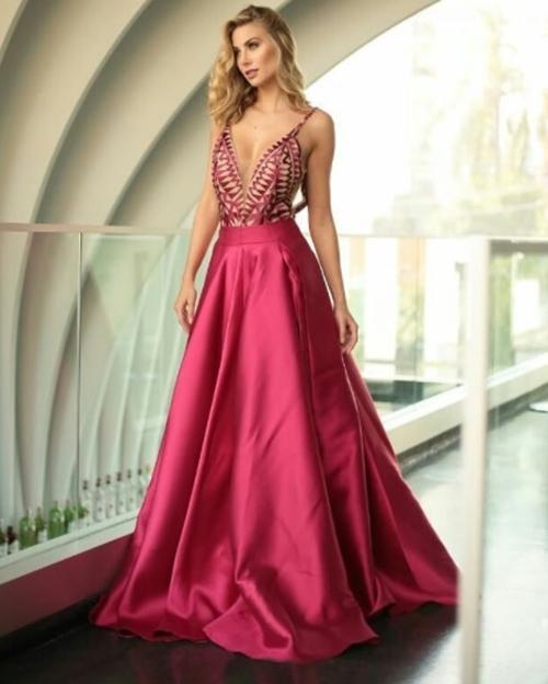 vestido de festa rosa saia princesa