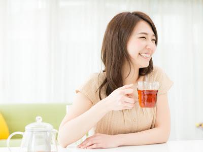 3 bahaya minum teh, yang Perlu Kalian Ketahui.