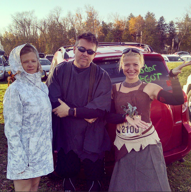 Yep we were a Game of Thrones team. Ygritte Hodor and Daenerys Targaryen had a blast from Gillu0027s Rock to Sturgeon Bay. Not everyone got the costumes (i.e. ...  sc 1 st  Robot Lady Runner - Blogger & Robot Lady Runner: Fall 50 Relay Recapping