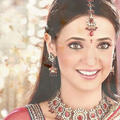 Sanaya Irani Wiki Biography, Image, Age, Wallpaper,Personal Profile,Tv Serial,Indian Hottie