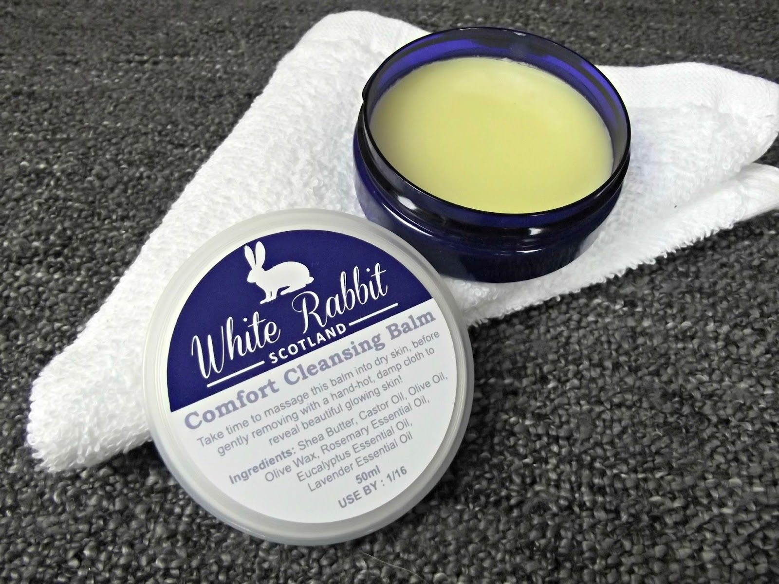 White Rabbit Skincare Comfort Cleansing Balm