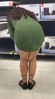 mujeres guapas vestidos pegados