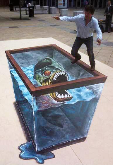 Akvaryumda canavar bir pirana balığı gösteren kaldırım sanatı resmi
