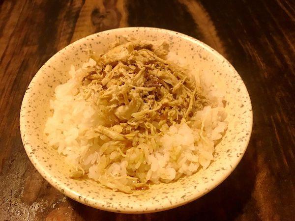 鶏肉飯(ジーロウファン)