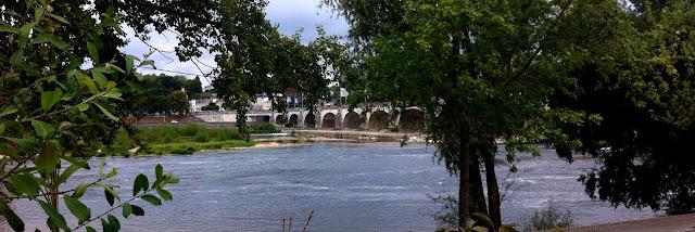 Looking toward Pont Wilson bridge on th river Loire