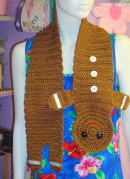 http://translate.google.es/translate?hl=es&sl=en&tl=es&u=http%3A%2F%2Fhooksandyarns.blogspot.be%2F2011%2F11%2Fchilds-gingerbread-boy-scarf.html