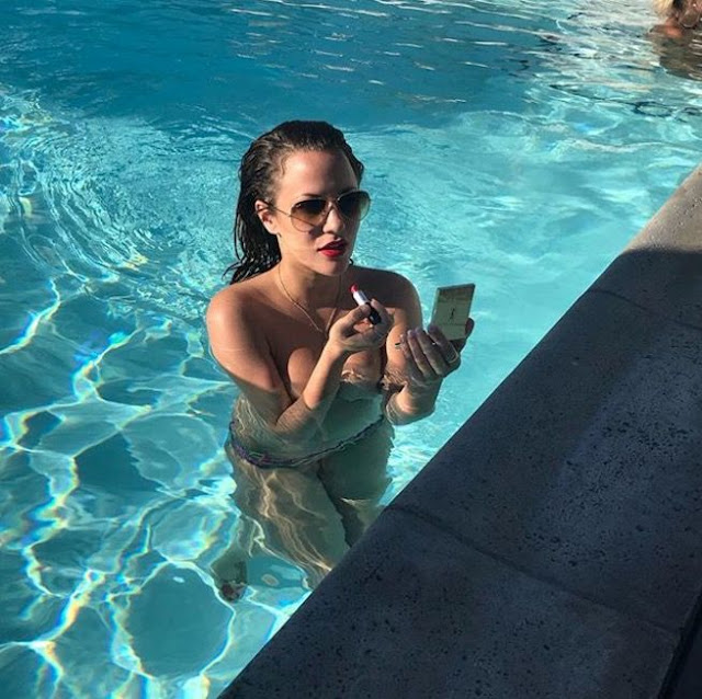 Caroline Flack boob, Nude, Nipslip, Topless Photo