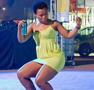 Zodwa Wabantu Biography (Age & Booking Fee)