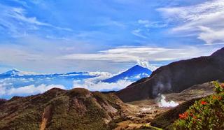 Tempat Wisata Garut Gunung Papandayan