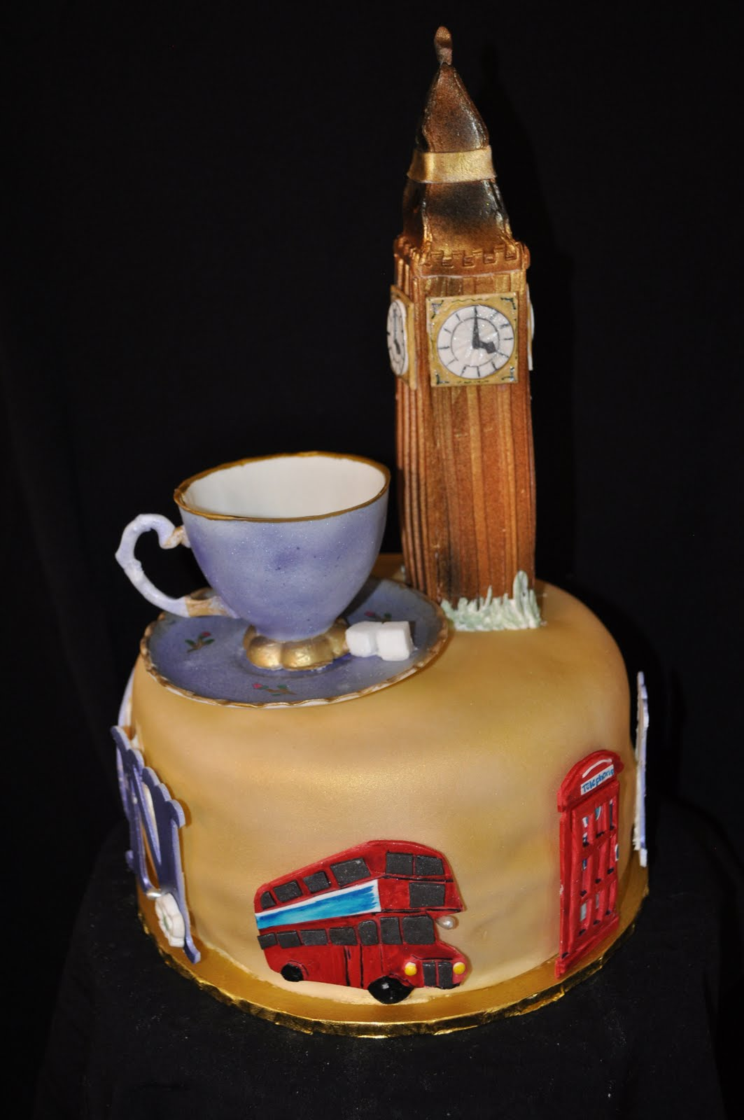 What A Crazy Hobby London Cake