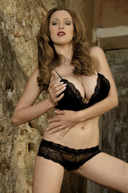 hot-Jordan-Carver-Last-Night-sexy-photoshoot-HD-Image-4