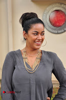 Actress Mumaith Khan Pictures at Thikka First Look Launch  0003.JPG