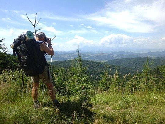 Pierwsze widoki na Tatry i Pieniny ze stoków Wielkiego Rogacza.