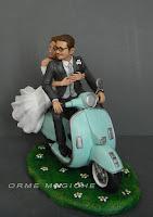 idee regali sposi statuine personalizzate matrimonio in vespa orme magiche