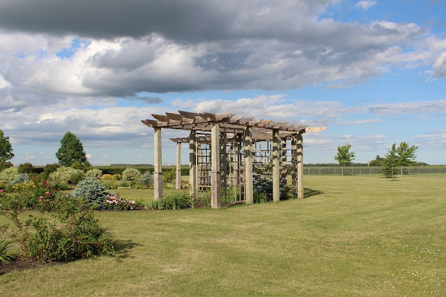 Pergola at Carberry Daylily Garden