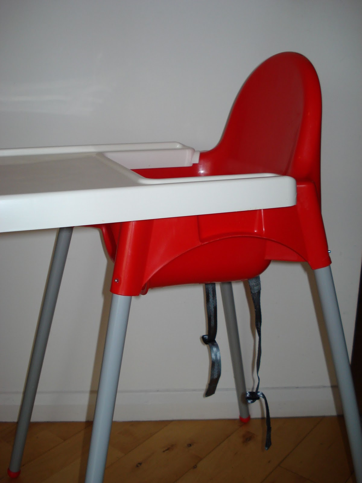 Inflatable Seat Cushion >> Daddy & Baby & Me: IKEA ANTILOP Highchair Review