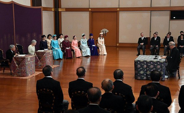 Emperor Akihito, Empress Michiko, Crown Prince Naruhito, Prince Akishino, Princesses Kiko, Hisako, Mako and Kako