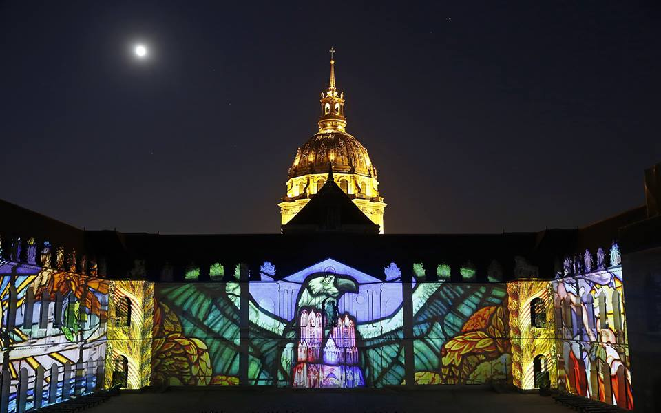 Stunning light and sound show brings history back to life in Paris