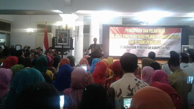 Gubernur Jateng Ganjar Pranowo Hadiri Pelantikan ASN Pemkab Pati