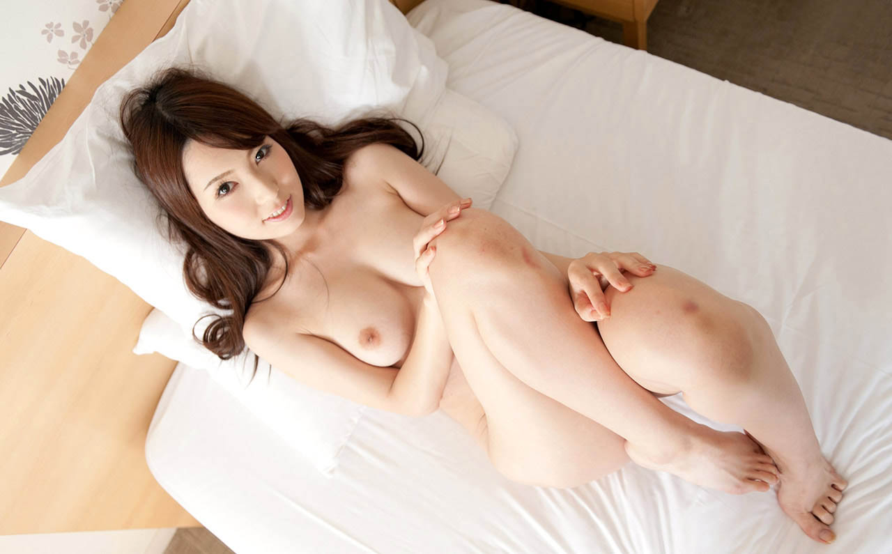 yui hatano sexy naked pics 02