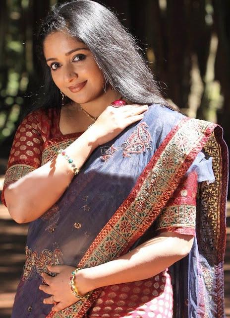 Mollywood Actress Kavya Madhavan's Hot Saree Navel Show