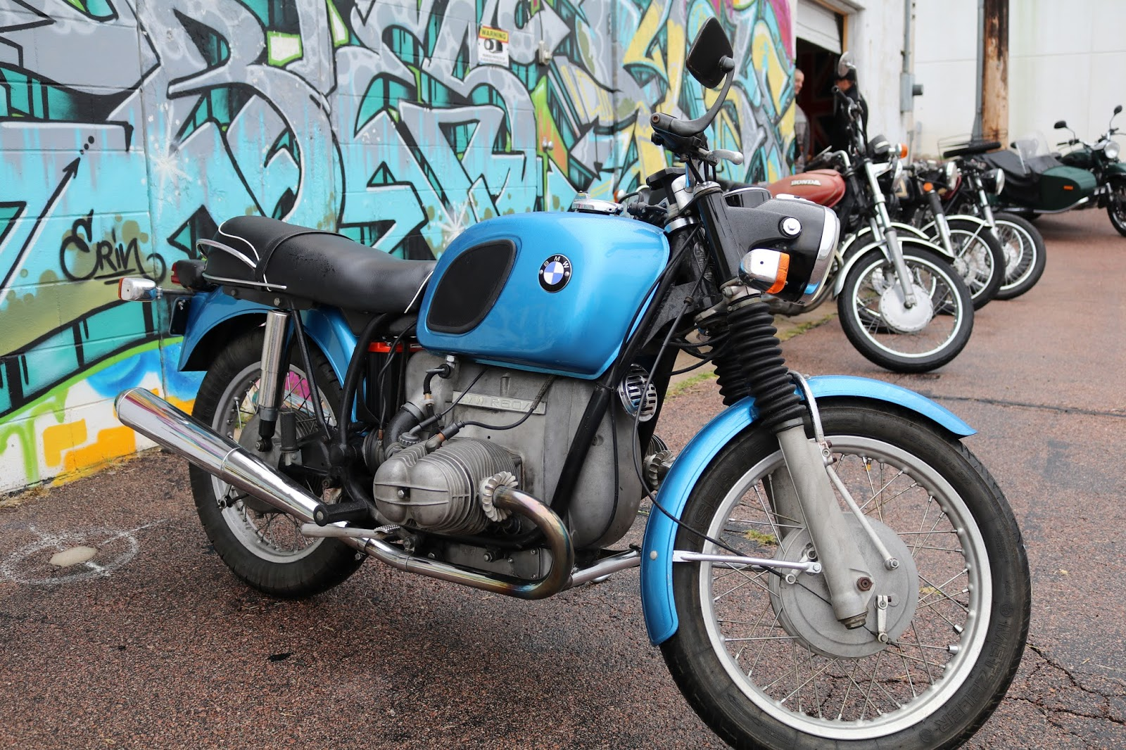 oldmotodude bmw r60 5 at the colorado springs. Black Bedroom Furniture Sets. Home Design Ideas