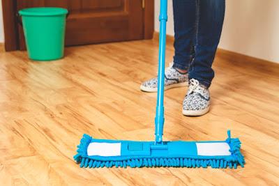 Hướng dẫn vệ sinh sàn gỗ sồi tránh hư hại