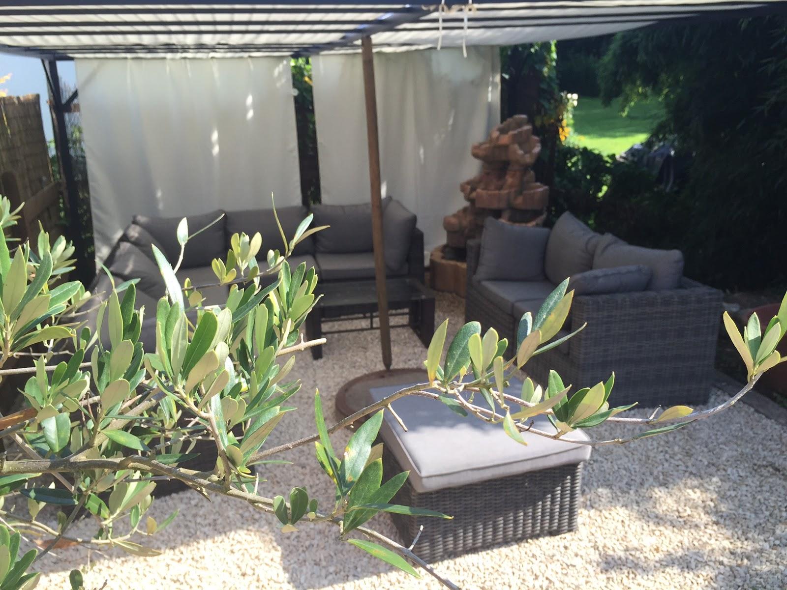 Chill Ecke Im Garten : wie aus einer schmuddel ecke im garten meine lieblings chill ecke wurde ~ Whattoseeinmadrid.com Haus und Dekorationen