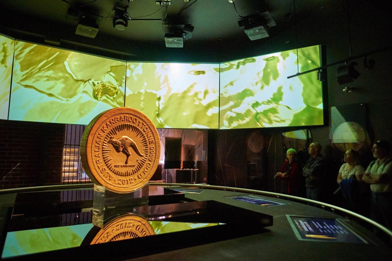 Terkesima Dengan Emas Perth Mint Dan Lonceng Swan Ng Travelmate 2