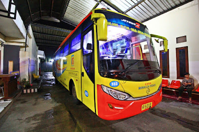 Foto Rosali Indah Trayek Malang Purwokerto Jetbut 2 HD Garapan Garasi -Rebody Headlamp