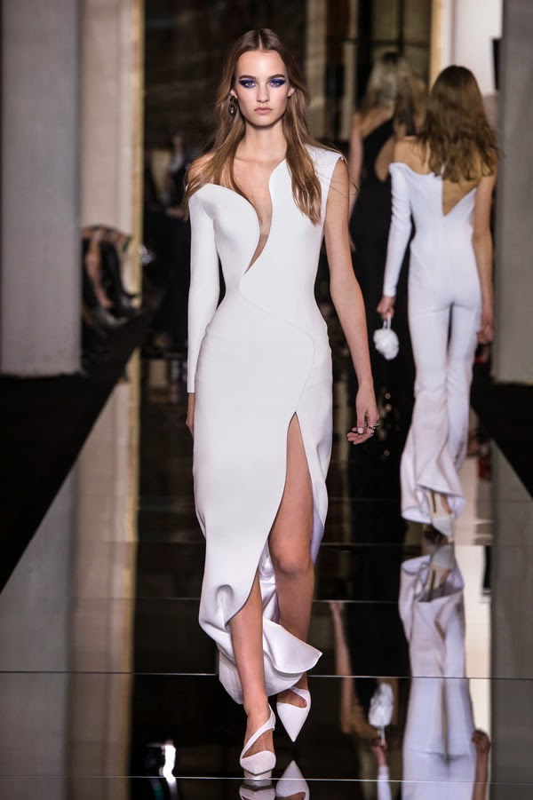 Versace, Haute Couture Atelier Versace P/E 2015 | Live In ...