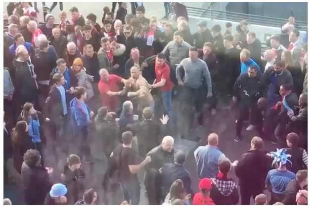 Arsenal And Manchester City Fans Fight Each Other After FA Cup Semi-final (Photos)