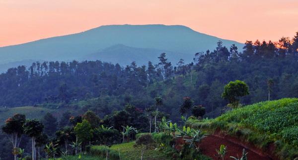 View Gunung Tangkuban Perahu