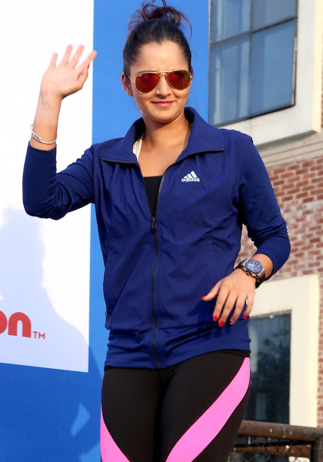 Sania Mirza Looks Super Sexy In Yoga Pants At Max Bupa -2693