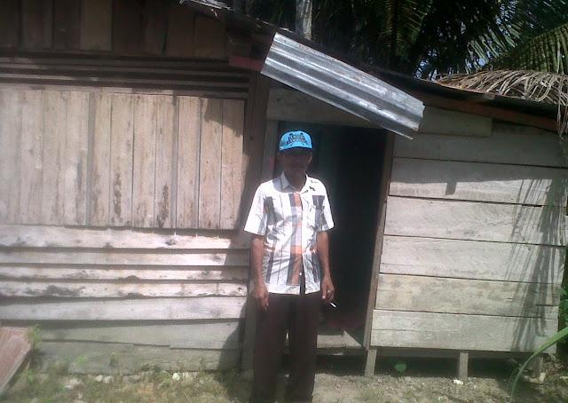 Tinggal di Gubuk Reot, Malih Butuh Tangan Dermawan