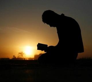 Kisah Nyata! Makam Dibongkar, Mayat Duduk Bersila Baca Yasin