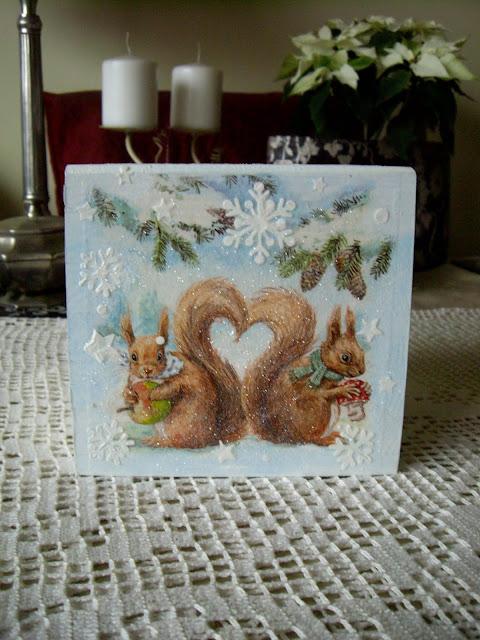 Inspiracje ze świata przyrody – zimowy chustecznik z wiewiórkami :)