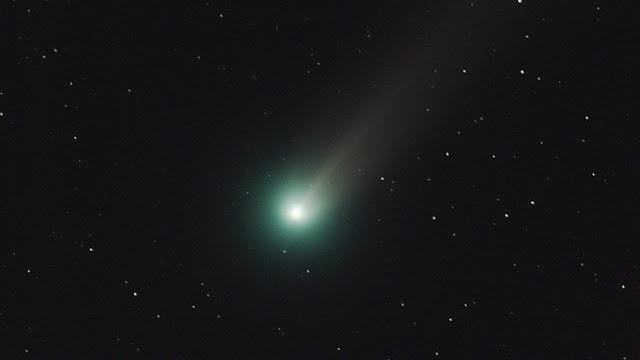 """Los astrónomos publican imágenes de un cometa """"invisible"""""""