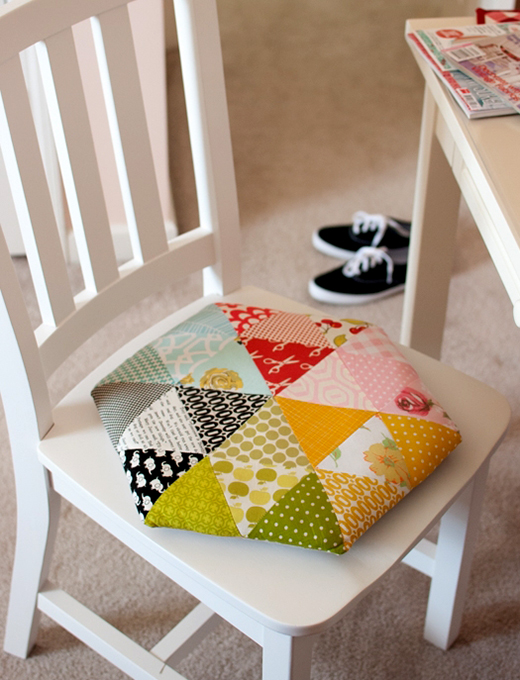 Triangle Hexagon Pillow Free Tutorial Designed by Kim Kruzich of Retro-Mama