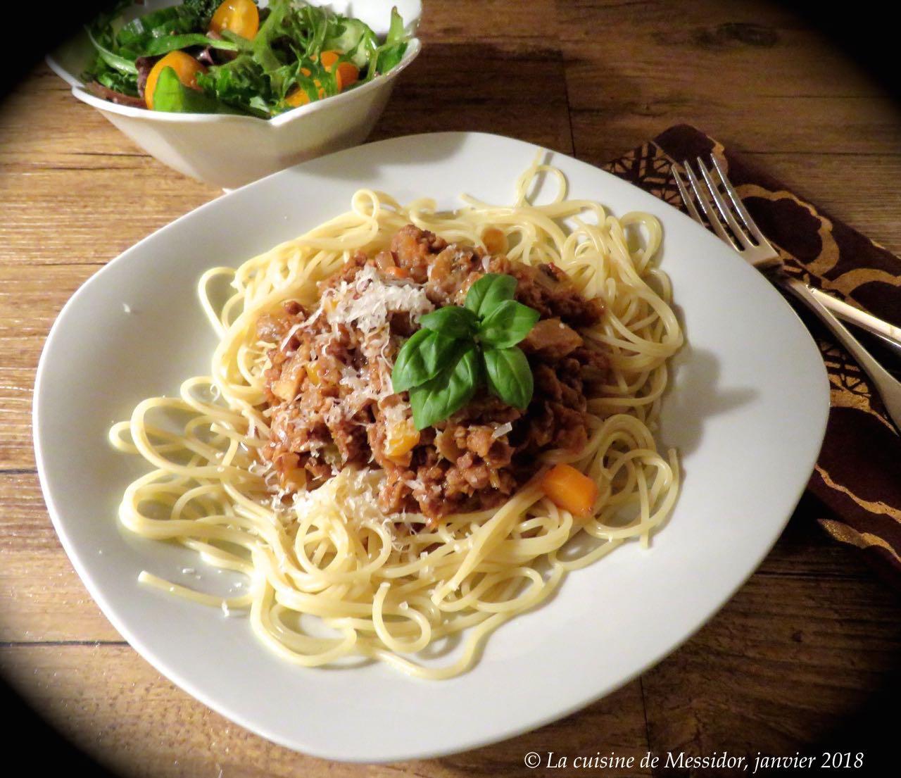 La cuisine de messidor ma sauce bolognaise sans viande for Viande cuisinee