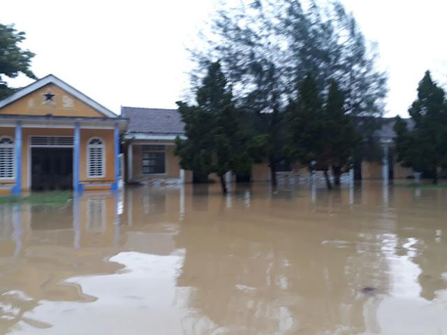 Chùm ảnh lũ lụt tại Giáo xứ Dương Sơn – Huế - Ảnh minh hoạ 10