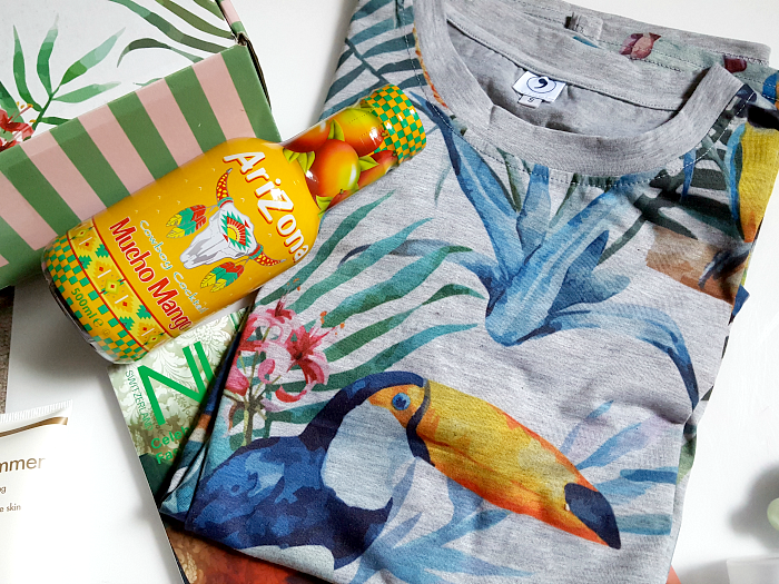 Unboxing: LA PETITE BOX - TROPICAL EDITION 2